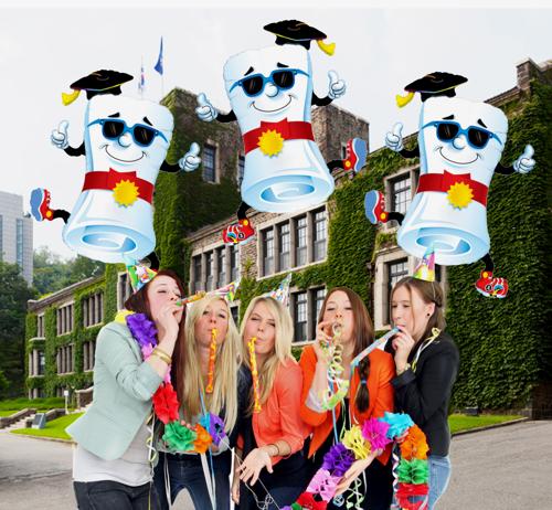 Abiturfeier-mit-Luftballons-Mr.-Diploma